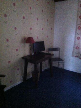 Hotel Le Mas Fleuri: Habitación