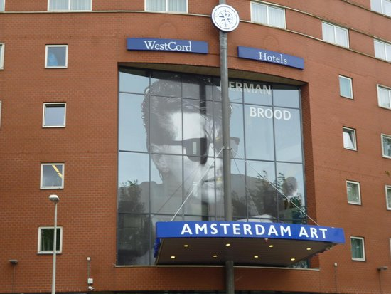 WestCord Art Hotel Amsterdam: outside hotel