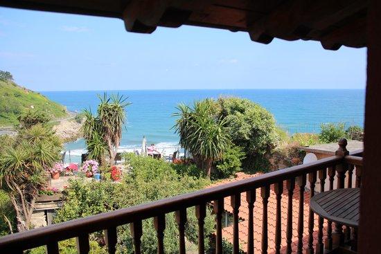 Hotel Itxas Gain Getaria: Aussicht Zimmer 304 mit Blick auf Frühstücksterrasse