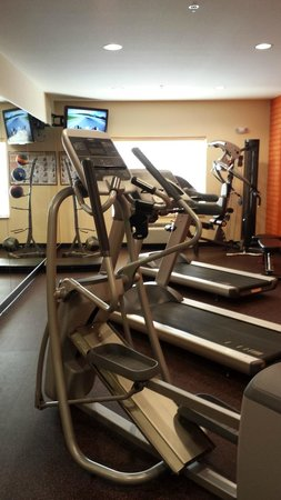 La Quinta Inn & Suites Rochester: Fitness Center