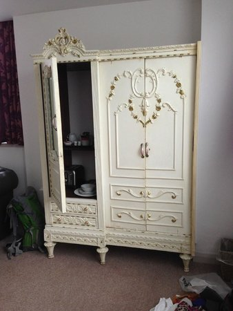 Jolyon's at No. 10: Armoire in suite
