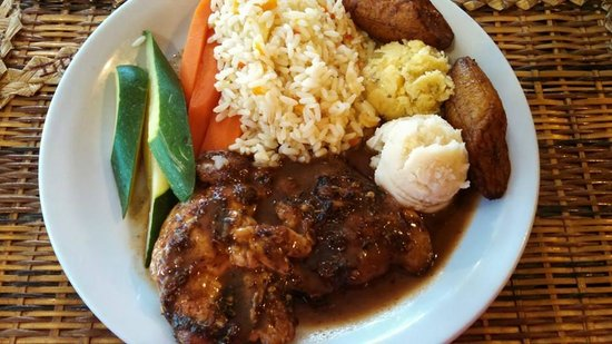 Sogo's Restaurant: Jerk Chicken