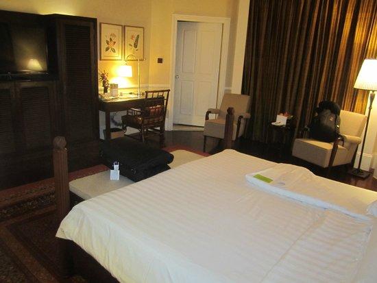 Raffles Grand Hotel d'Angkor : room view