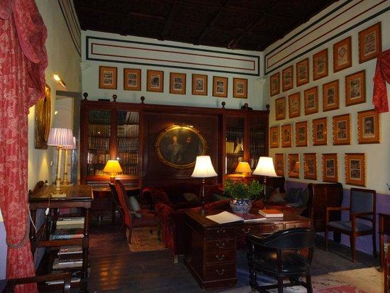 Casa Palacio de Carmona: Salon de lectura