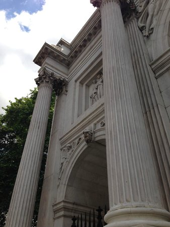 Marble Arch: Arch