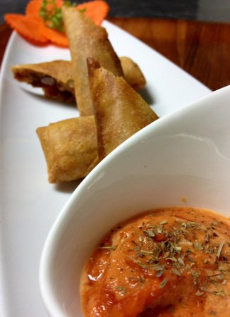 Ciao Koh Chang: Chilli con carne spring rolls