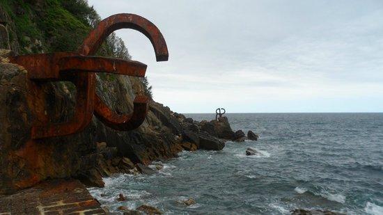 Playa de La Concha: Peine del Viento