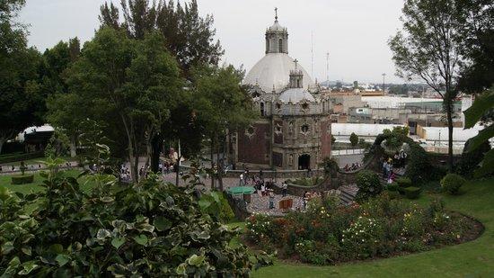 Basilica de Santa Maria de Guadalupe : El pocito