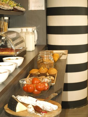 B&B Hotel Albacete: Desayuno Buffet abierto desde las 6:00