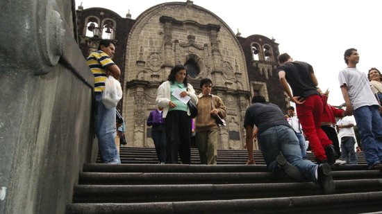 Basilica de Santa Maria de Guadalupe: Una manda