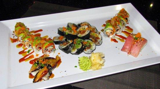 Tuna, Salmon, & Yellowtail Sashimi over Rice - Picture of Pisces Sushi ...