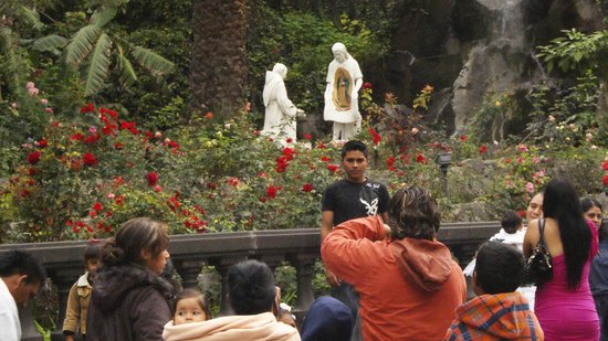Basilica de Santa Maria de Guadalupe: La obligada