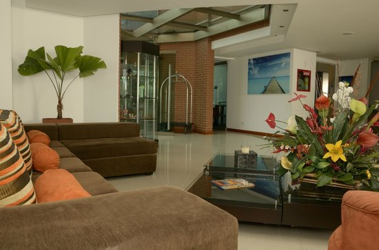 HOTEL CASA VICTORIA: Lobby