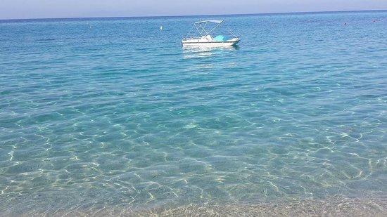 Hotel Baia del Capo: L'incantevole spiaggia!