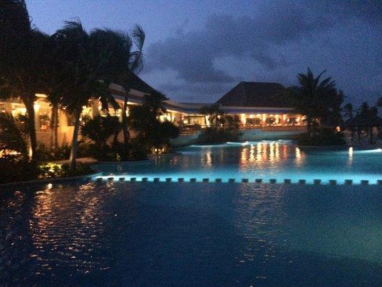 Luxury Bahia Principe Akumal : Une des piscines