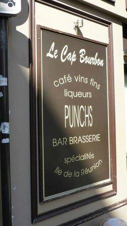 Le Cap Bourbon : Sign