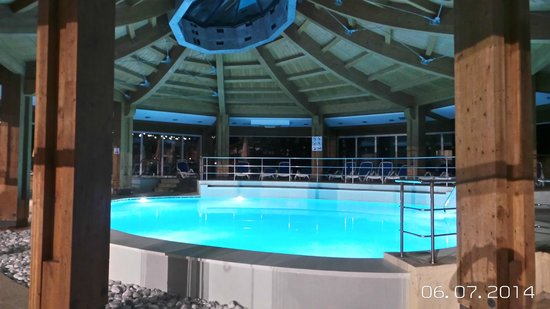 db Seabank Resort + Spa : Indoor Pool