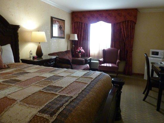 Acorn Motor Inn: Room 111