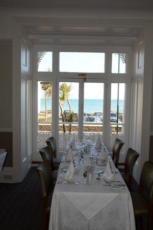 Ommaroo Hotel : Vue sur mer