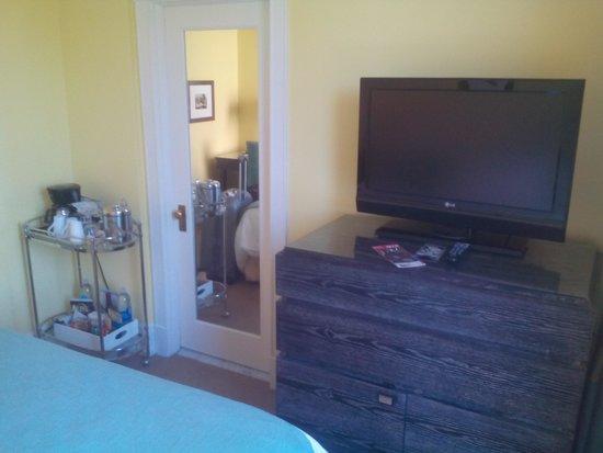 Hotel deLuxe : Room 302