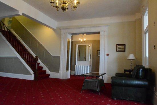 Ommaroo Hotel : Hall d'entrée