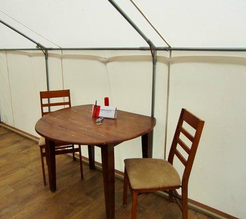 West Beach Resort : Tent/Cabin