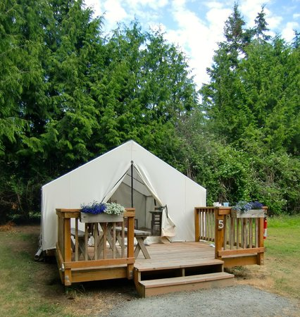 West Beach Resort: Tent/Cabin #5