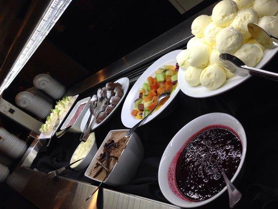 Te Puia : Dessert bar (well, part of it!)