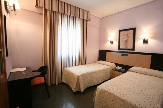 Hotel Zeus: HABITACION DOBLE