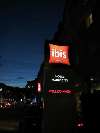 Ibis Mainz City: 01