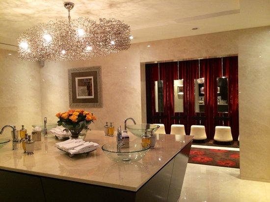 Grosvenor House Dubai : Restroom
