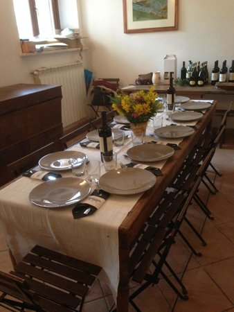 Wild Foods Italy: Beautiful Table Set For Lunch