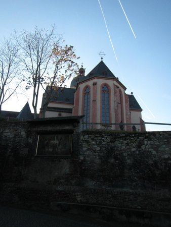 St. Stephan's Church (Stephanskirche) : 10