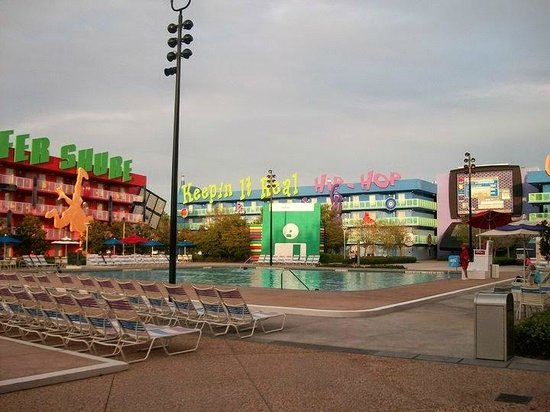 Disney's Pop Century Resort : pileta climatizada