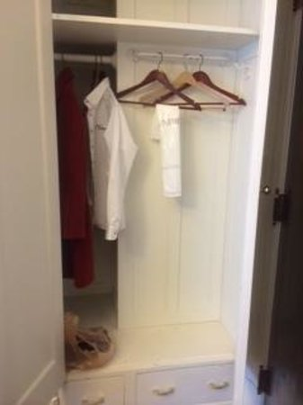 Hotel 340: fun closet - loved the little drawers!