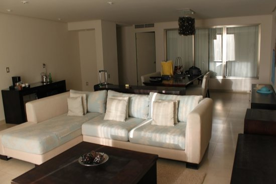 5th Avenue (Avenida 5): living room
