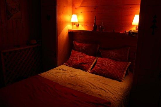 Hotel le Morillon : Chambre vue du village