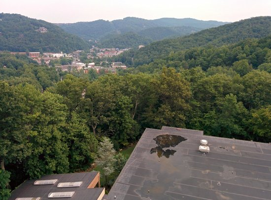 Park Vista - DoubleTree by Hilton Hotel - Gatlinburg : 11th floor, looking out over the village