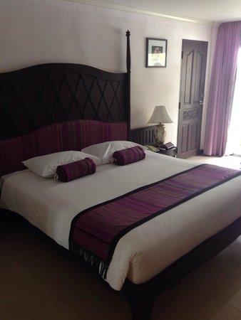 Cha-Am Methavalai Hotel: Kamer