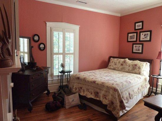 Robert Ruark Inn : Our Room