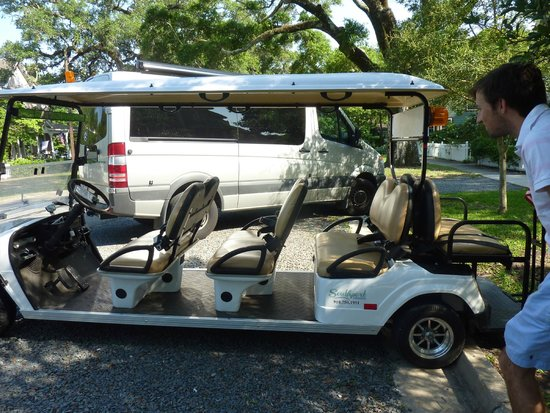 Robert Ruark Inn: Famous Golf Cart