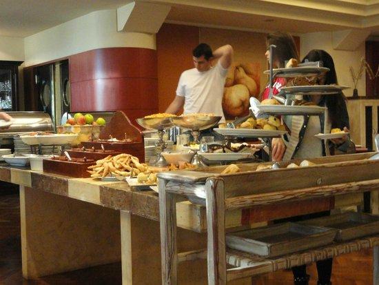 Panamericano Bariloche: Café da Manhã
