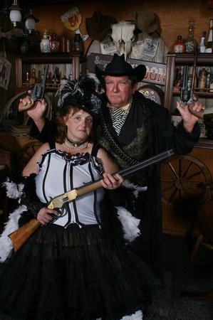 The Time Machine Portrait Co : The guns