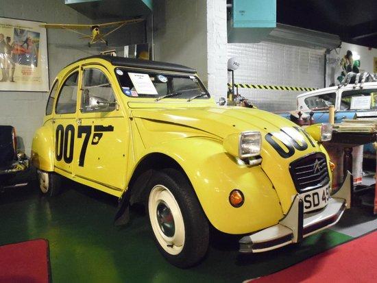 Bo'ness Motor Museum: Citroen 2CV