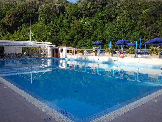 Best Western Hotel La Solara: Swimming pool