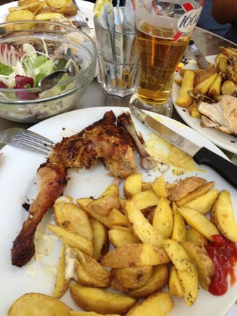 Chez Ma Cousine: Overcooked chicken