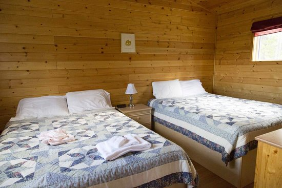 Sundog Retreat: Bedroom Two in Fireweed