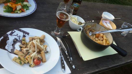 Chaesalp: pasta plate
