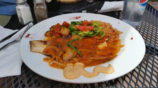 La Cueva Cafe : Red Trout al Mojo de Ajo