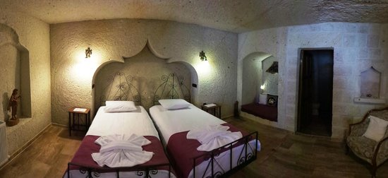 El Puente Cave Hotel: La Bodega